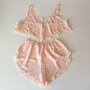 Soft Surroundings Other - 2 Piece Peach Satin & Lace Cami and Tap Pants