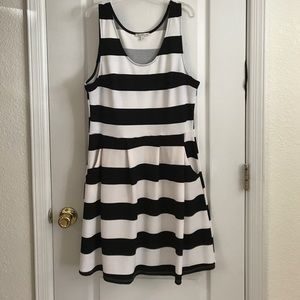 Black and white sleeveless dress.