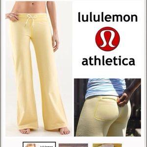 lululemon athletica Pants - Lulu lemon Voyage Sweatpants