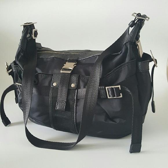 DKNY Handbags - DKNY Nylon Black Sholder Bag. 616d0139e4df2