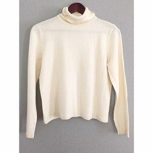 Pendleton Sweaters - Ivory Pendleton Wool Turtleneck Crop Sweater