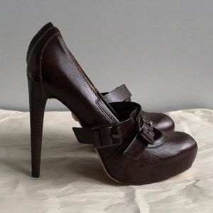 L.A.M.B. Brown leather High Heels Size 6.5