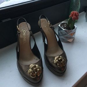 CHANEL Shoes - CHANEL bronze pump with floral detail (size 38)