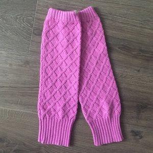 HOLLISTER   Pink Cross-stitch Leg Warmers