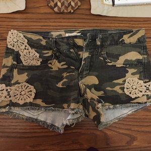 Free People Pants - 🔥 ONE DAY SALE 🔥Camo and Lace shorts