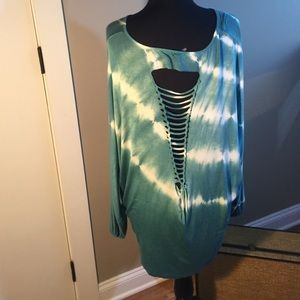 Monoreno Tops - Open Back Tunic in tie dye by Monoreno. NWT