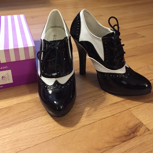 Charlotte Russe Black And White Oxford