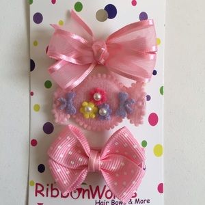 Other - Pink hair clip set, new