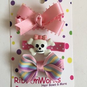 Other - Set of 3 hair clips pink & pastel * Bundle only*