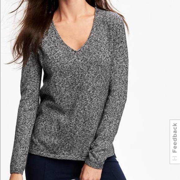 da7978e1c84 Old Navy women s Classic Marled V-Neck sweater NEW