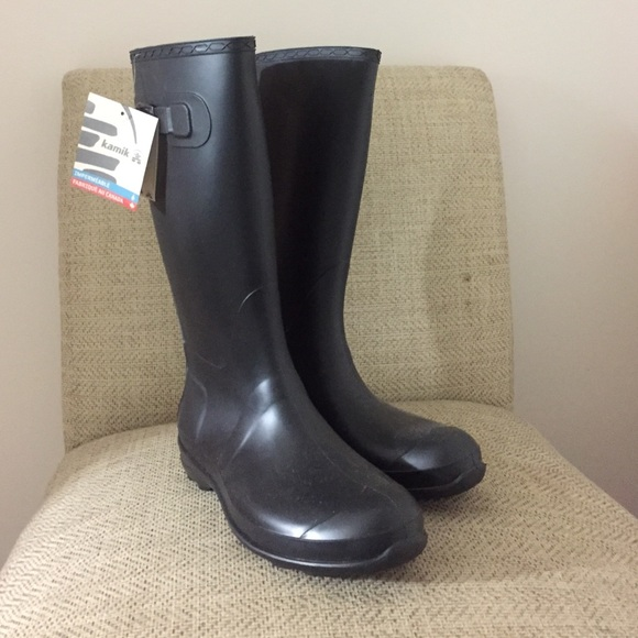 cdc770cadbcb NWT Kamik Olivia Rain Boots