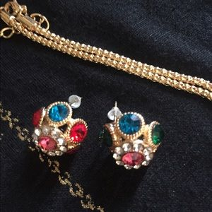 Jewelry - ❤️Necklace and earrings