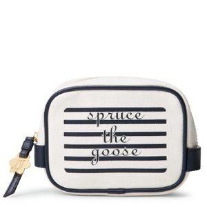 Draper James Handbags - NWT Draper James Spruce the Goose makeup bag