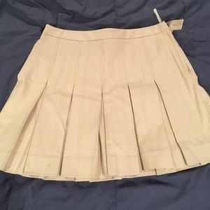 Gap pleated skirt size 4