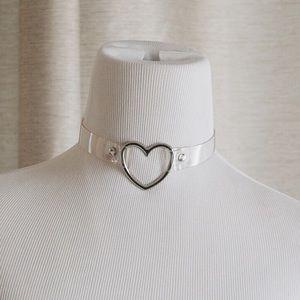Jewelry - Silver Heart Choker