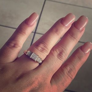 Jared Lang Jewelry - Engagement ring for sell