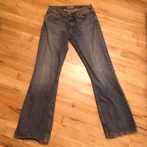 Bootcut Buckle Jeans
