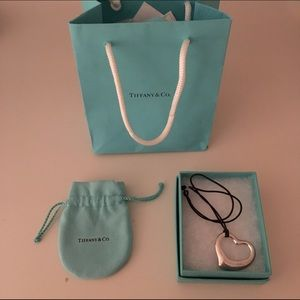 tiffany and co. elsa peretti open heart pendant