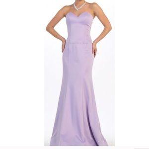Elegant strapless gown