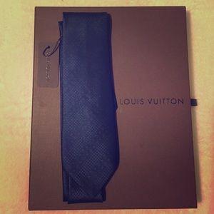 Louis Vuitton navy blue silk tie
