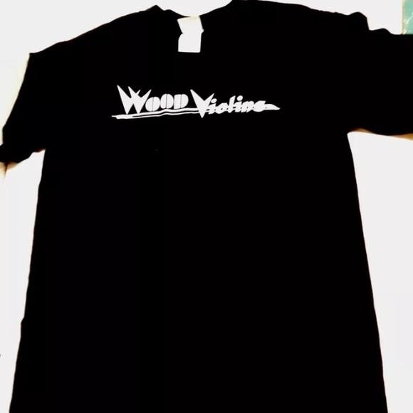 Gildan Other - Wood violin tshirt