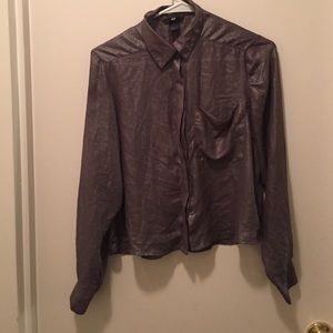 Button blouse with long sleeves