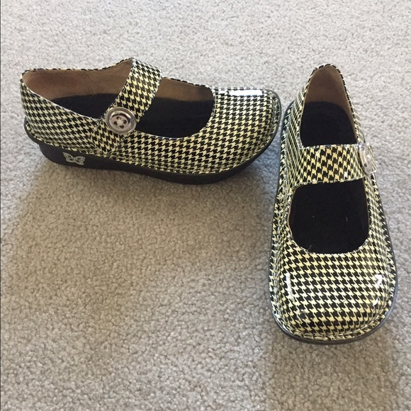4a9fbb5c6b58 Alegria by PG LITE Shoes - Alegria by PG LITE houndstooth Mary Janes