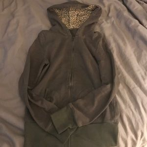 CLOSET CLOSEOUT Olive leopard print light jacket