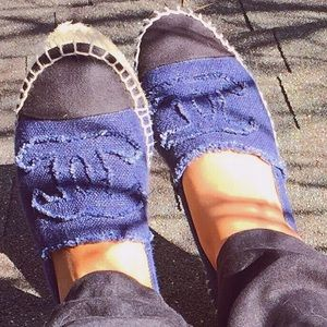 CHANEL Shoes - Chanel denim + black espadrilles Sz. 38
