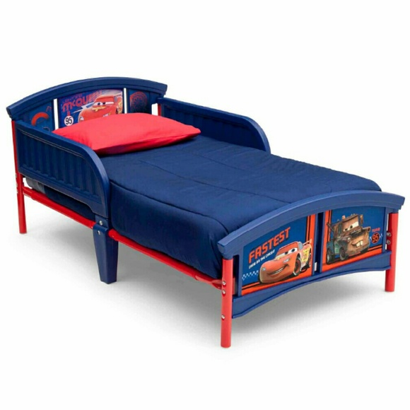Lightning Mcqueen Toddler Bed With Bed Sheets