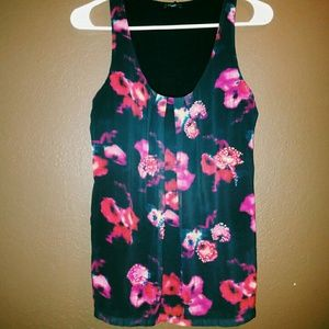 Ladies Size Small Express Tank