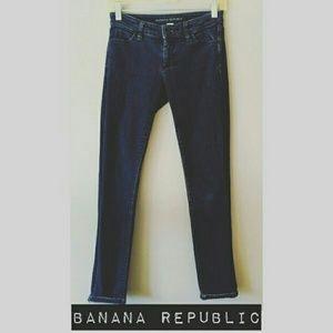 Banana Republic Denim - Banana Republic Skinnies, Size 25, EUC