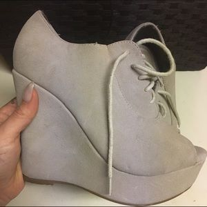 Shoes - Platform wedge heels