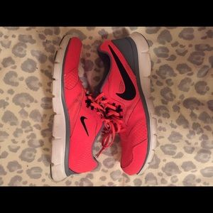 Hot pink women's Nike shoes