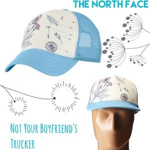 The North Face Accessories - 🆕North Face Trucker Hat