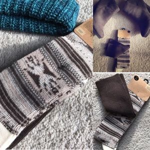 Urban Outfitters Accessories - NWT urban outfitters otk fair isle socks print