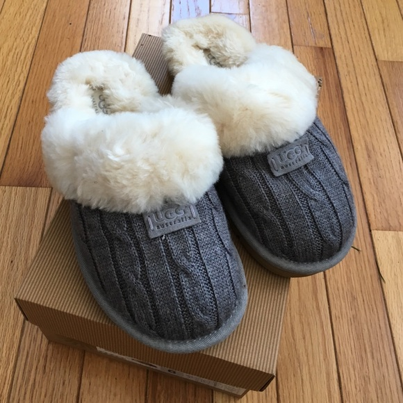 94a913c371b UGG Cozy knit cable slippers grey size 6 NEW NWT