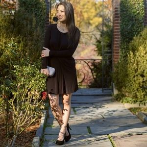 Dresses & Skirts - Little black dress with drape front