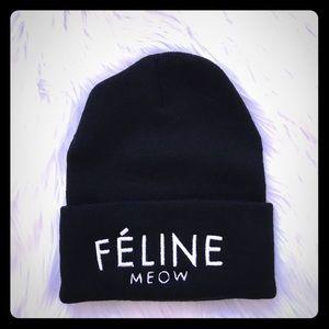Accessories - Feline black beanie
