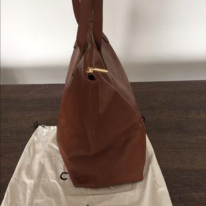 6bddf1fd0af Cuyana Bags   Classic Leather Zipper Tote   Poshmark