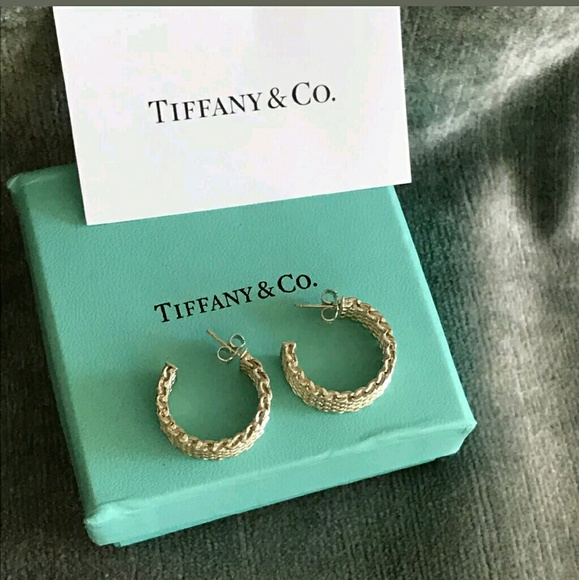 5d1582a86eb3f Tiffany & Co silver small Somerset hoop earrings