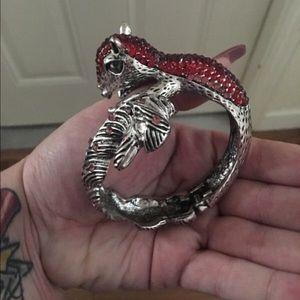 Jewelry - Wrap around rhinestone squirrel bracelet