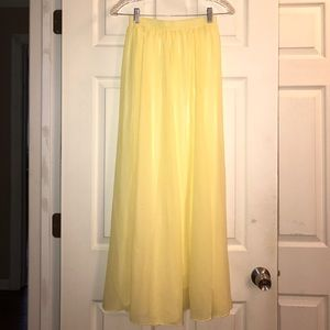 Chicwish Yellow Maxi Skirt S