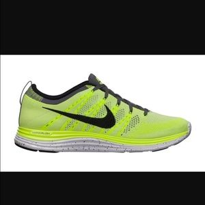 Nike Shoes - Nike Flyknit one+