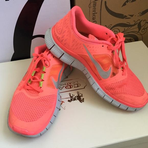 nike free run 3 5.0 neon salmon pink sneaker.