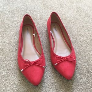 Red pointed toe ballet flats