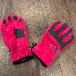 North Face Other - North Face Pink Denali Thermal Gloves