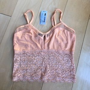 Foreign Exchange Other - Peach lace bralette.
