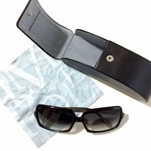 Oliver Peoples Accessories - Oliver Peoples Apollonia Sunglasses Black