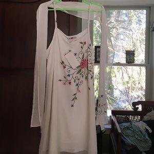 Dresses & Skirts - Embroidered white dress